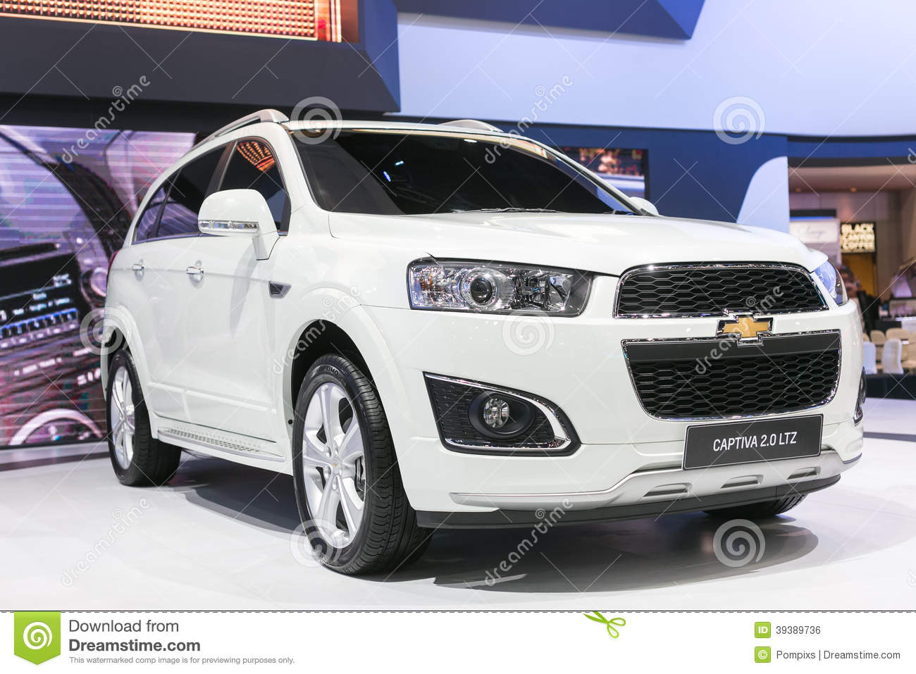 All New White Captiva Car From Chevrolet At The 35th Bangkok International Motor Show, Concept
