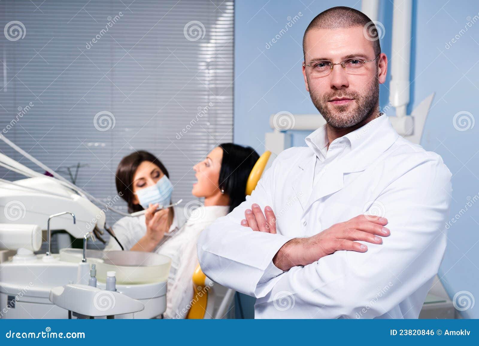 Alla clinica dentale