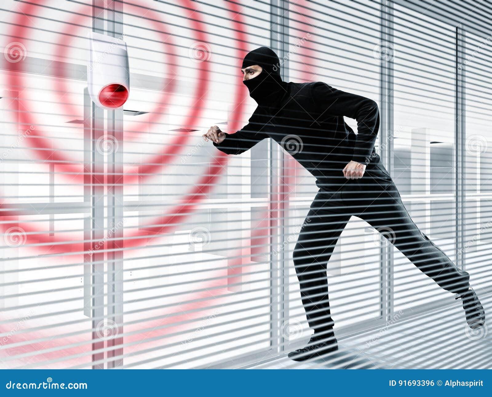 Allarme per rubare un ladro