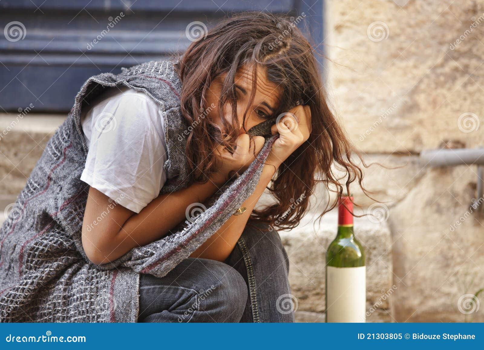 Alleen gedronken meisje