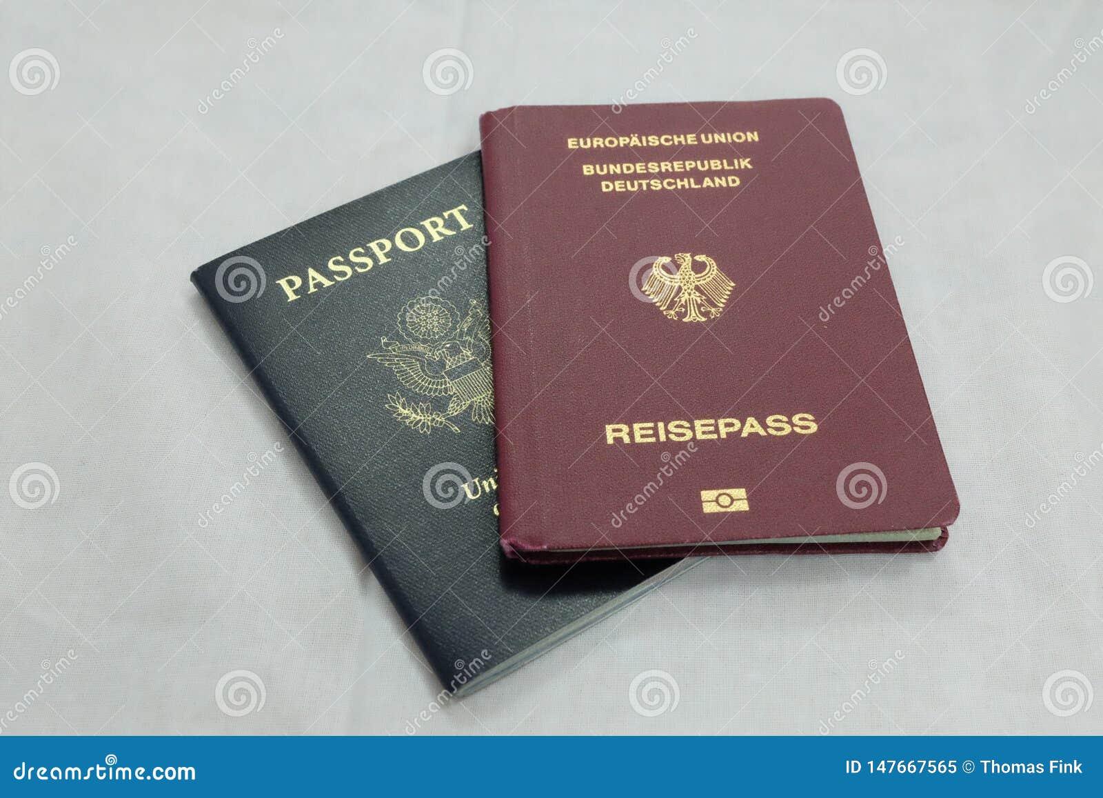 Allemand officiel et passeports des USA