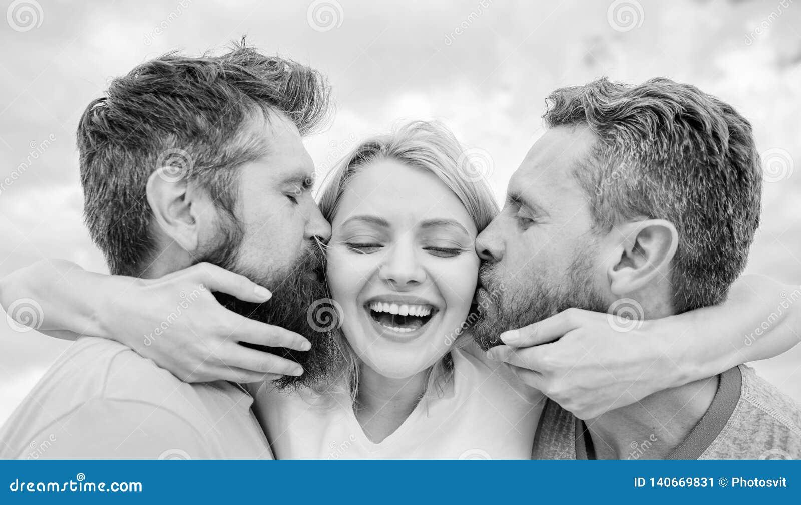 Alles zou u moeten weten het begin van de vriendenstreek het dateren vermijd Zij houdt van mannelijke aandacht Meisjesomhelzingen