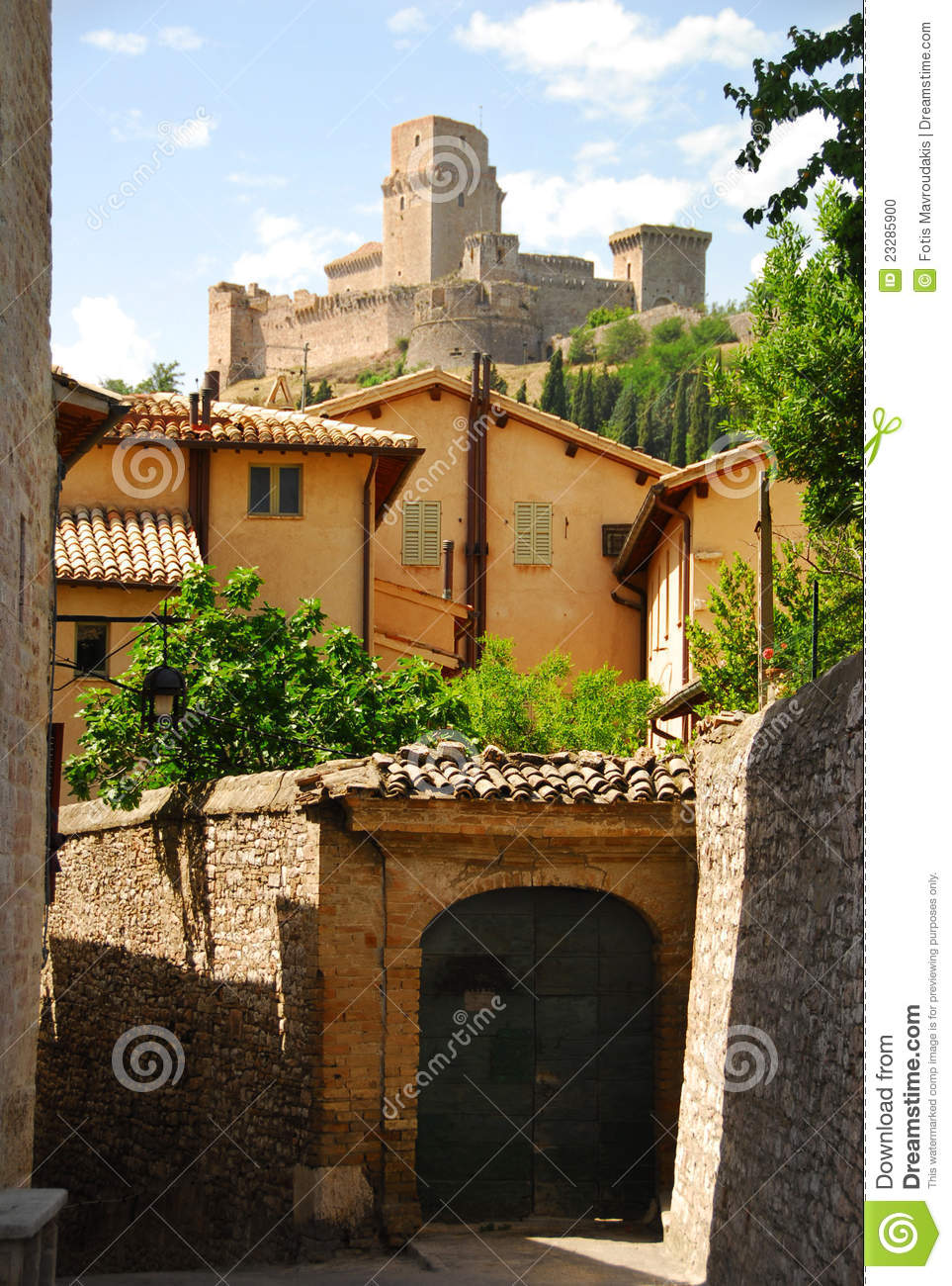 Alley way in Assisi