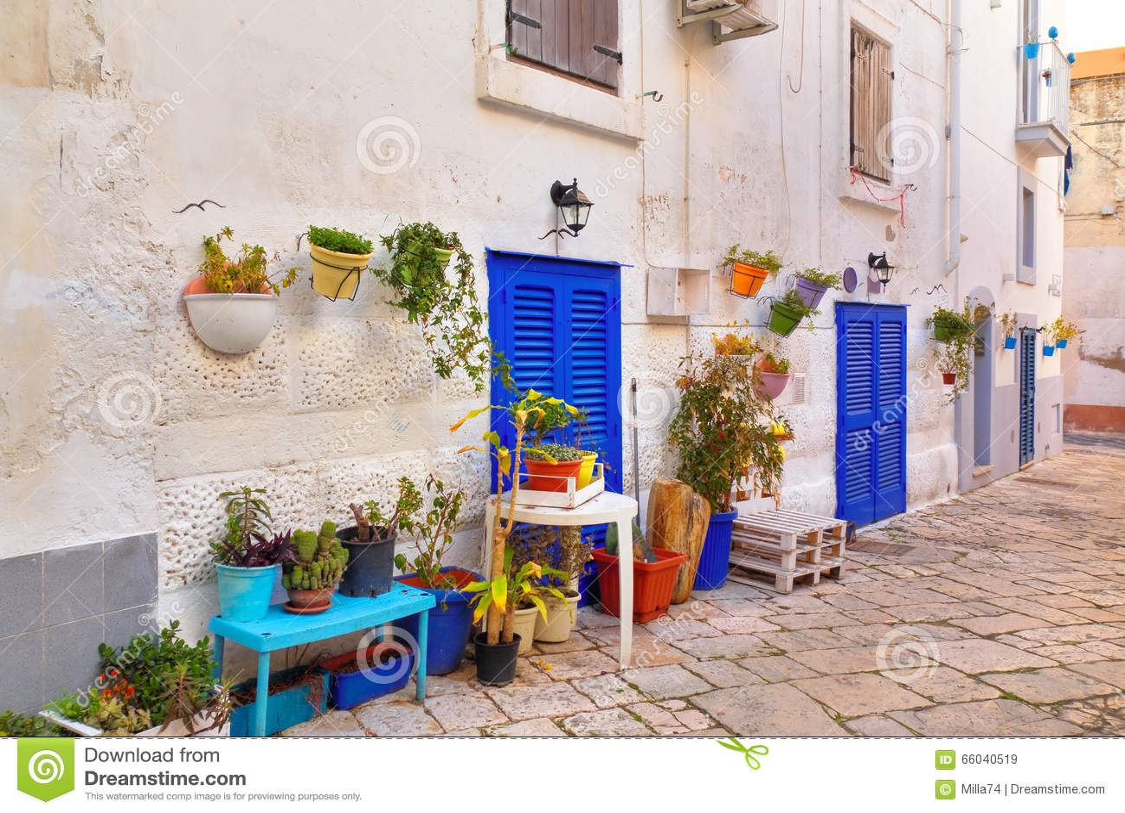 Alleyway Monopoli Puglia Italy