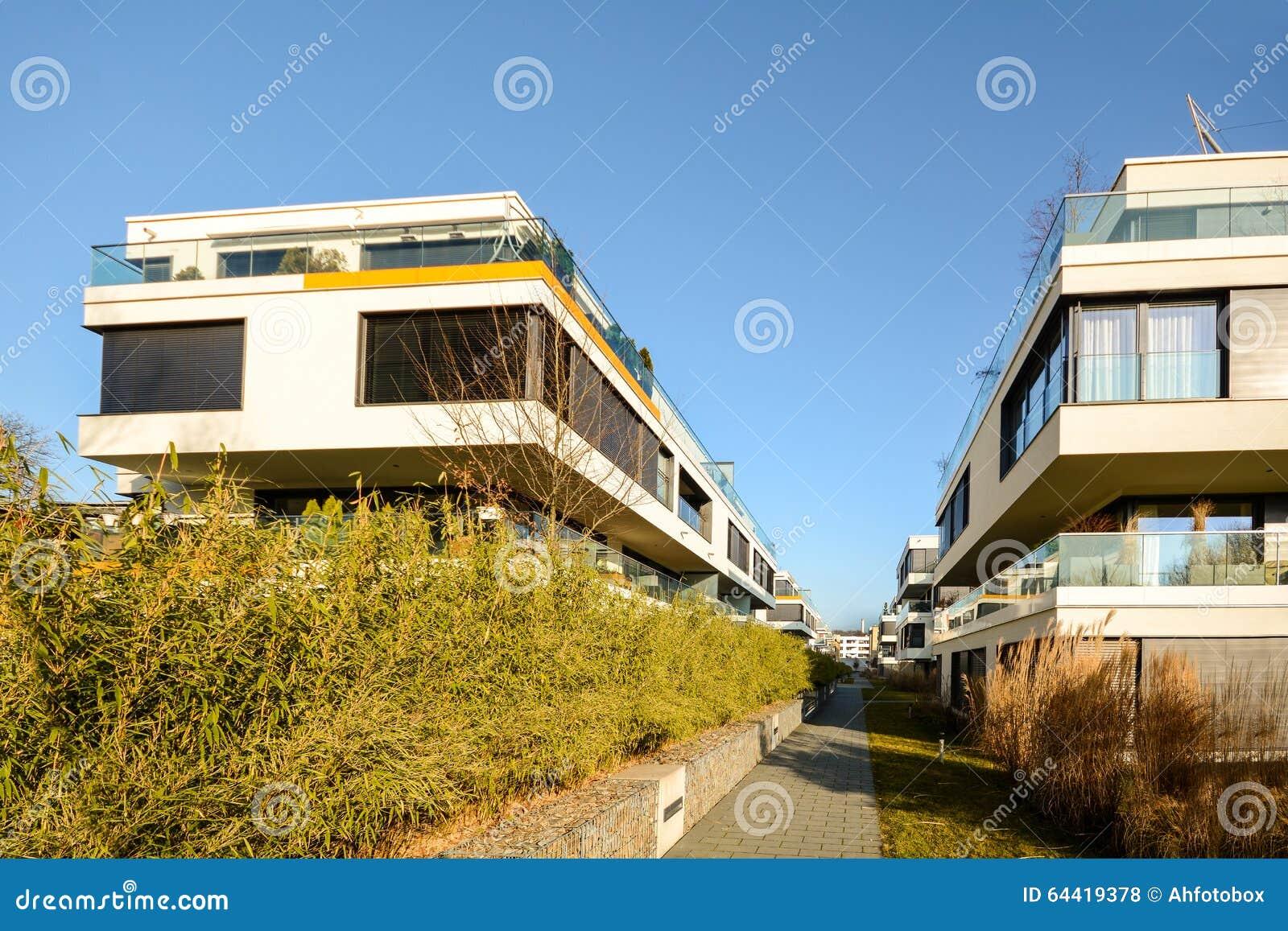 Alloggio moderno nella città - edifici residenziali urbani