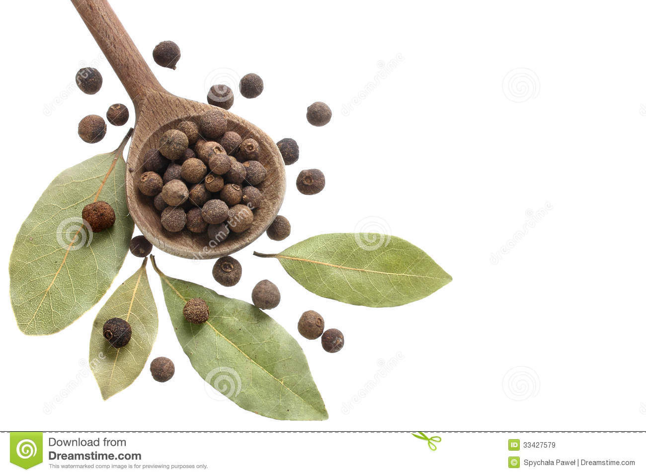 Allspice and bay leaves