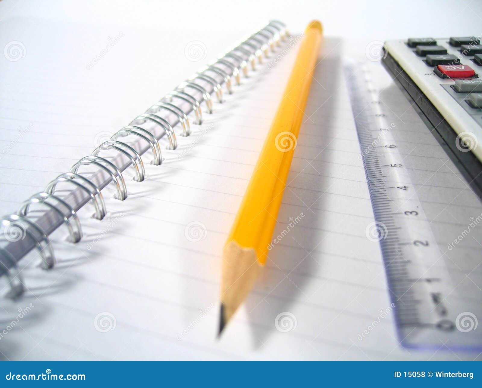 Almofada de escrita com lápis mim