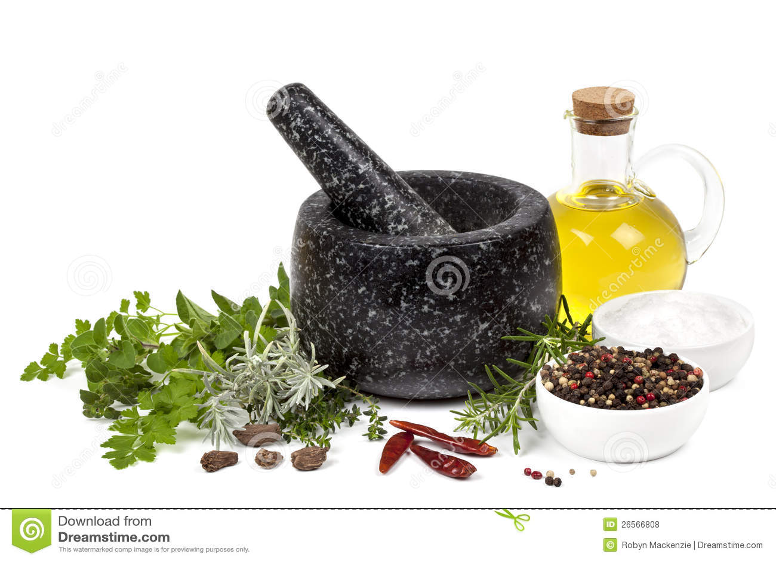Almofariz e pilão com ervas e especiarias