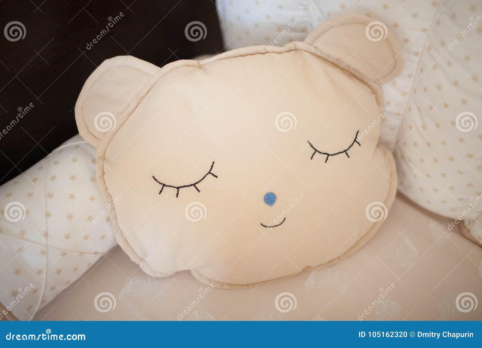 Almohada hermosa para hecho a mano recién nacido