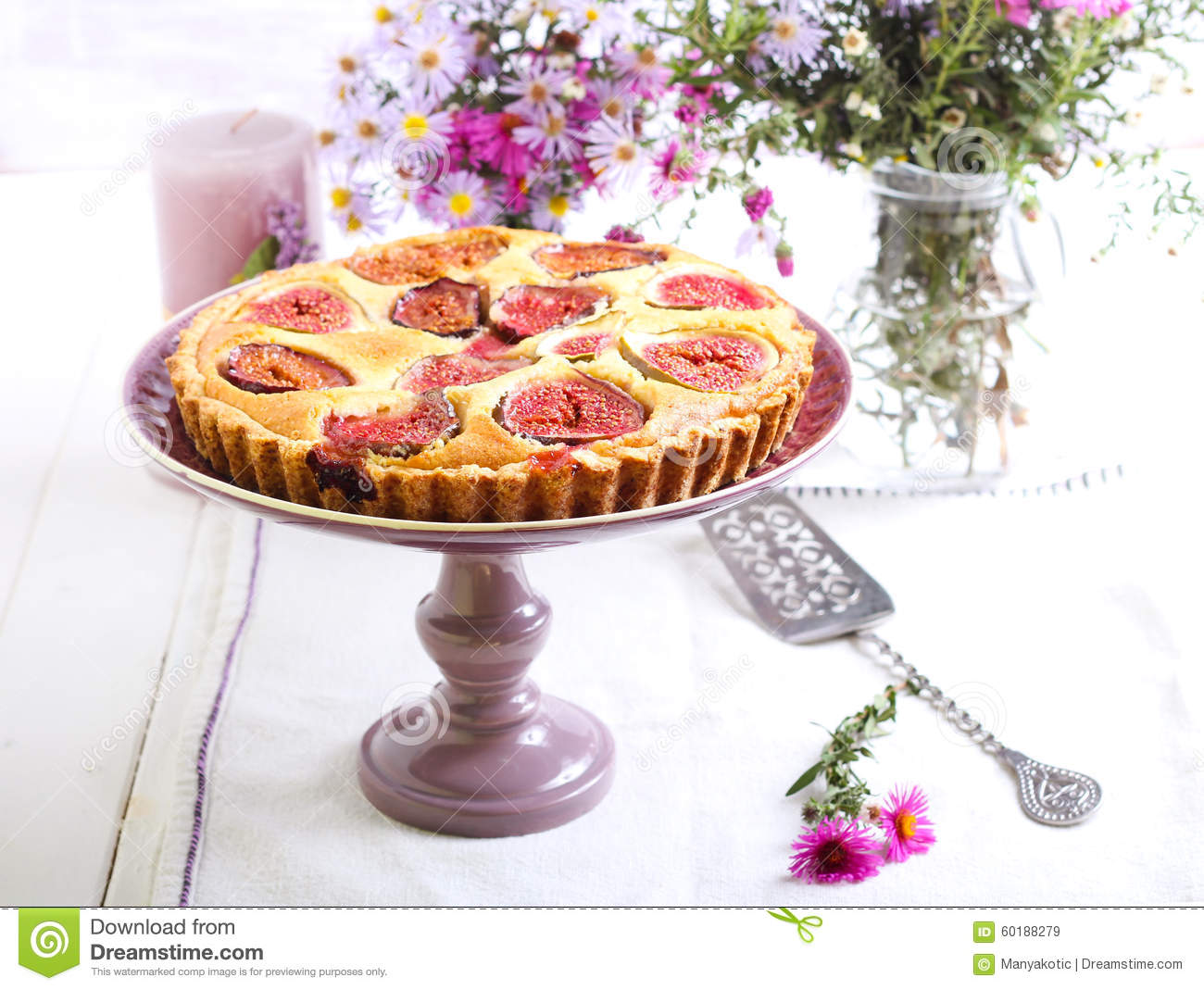 Almond and fig tart