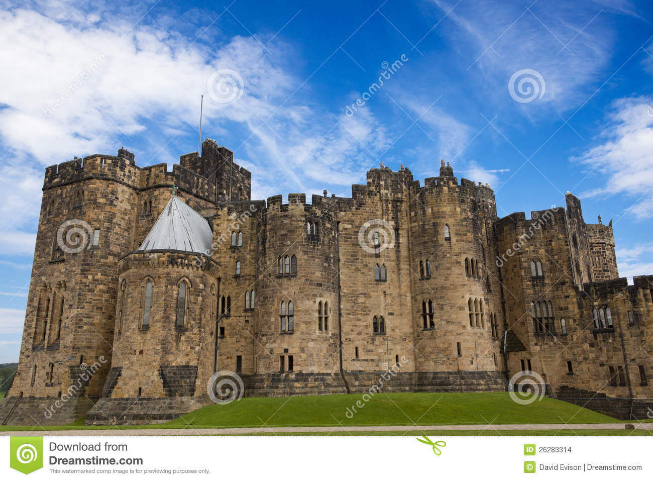Alnwick Castle, Northumberland. Stock Photo - Image of medieval ...