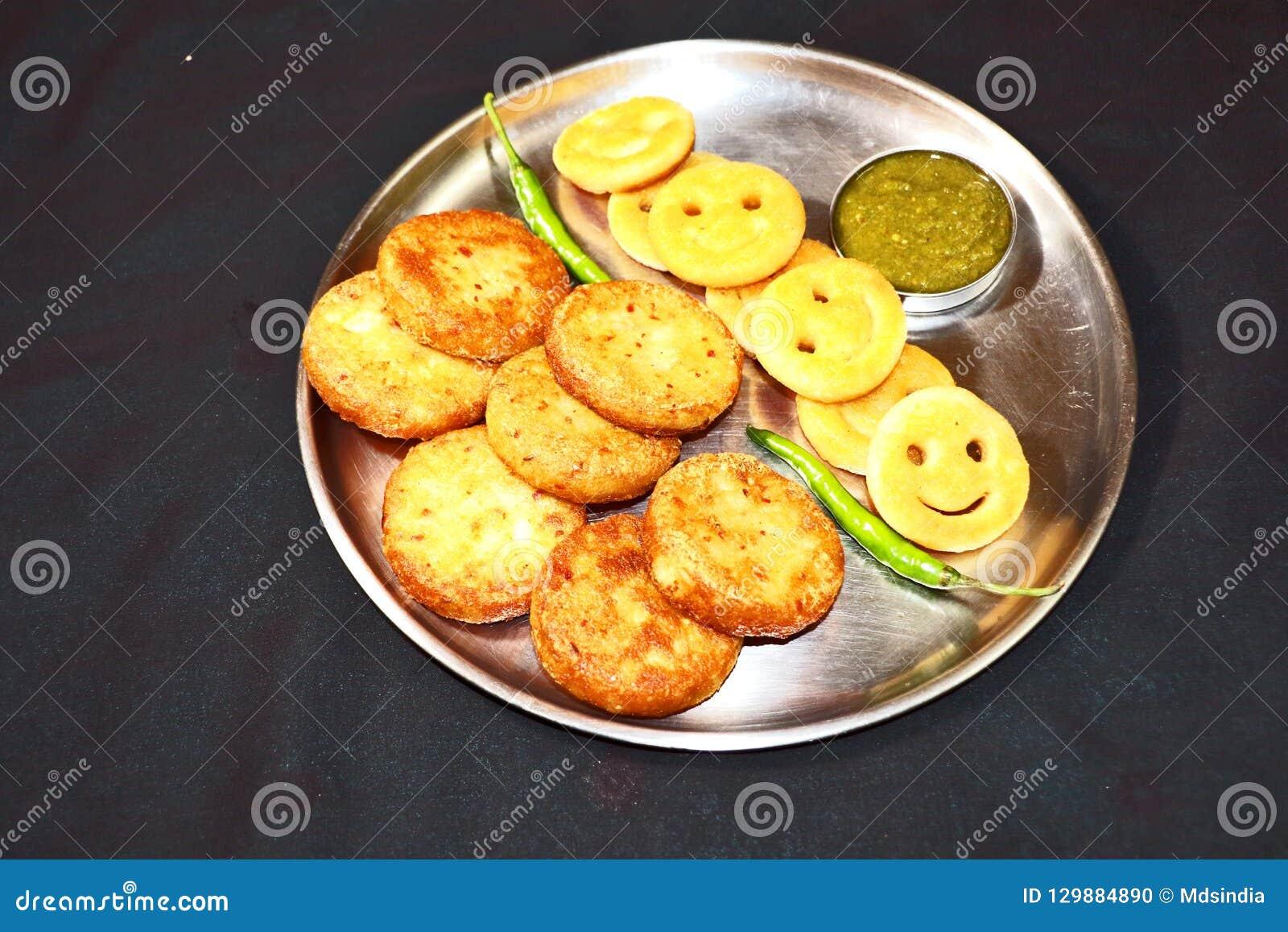 Aloo Tikki ou Fried Potato Patties