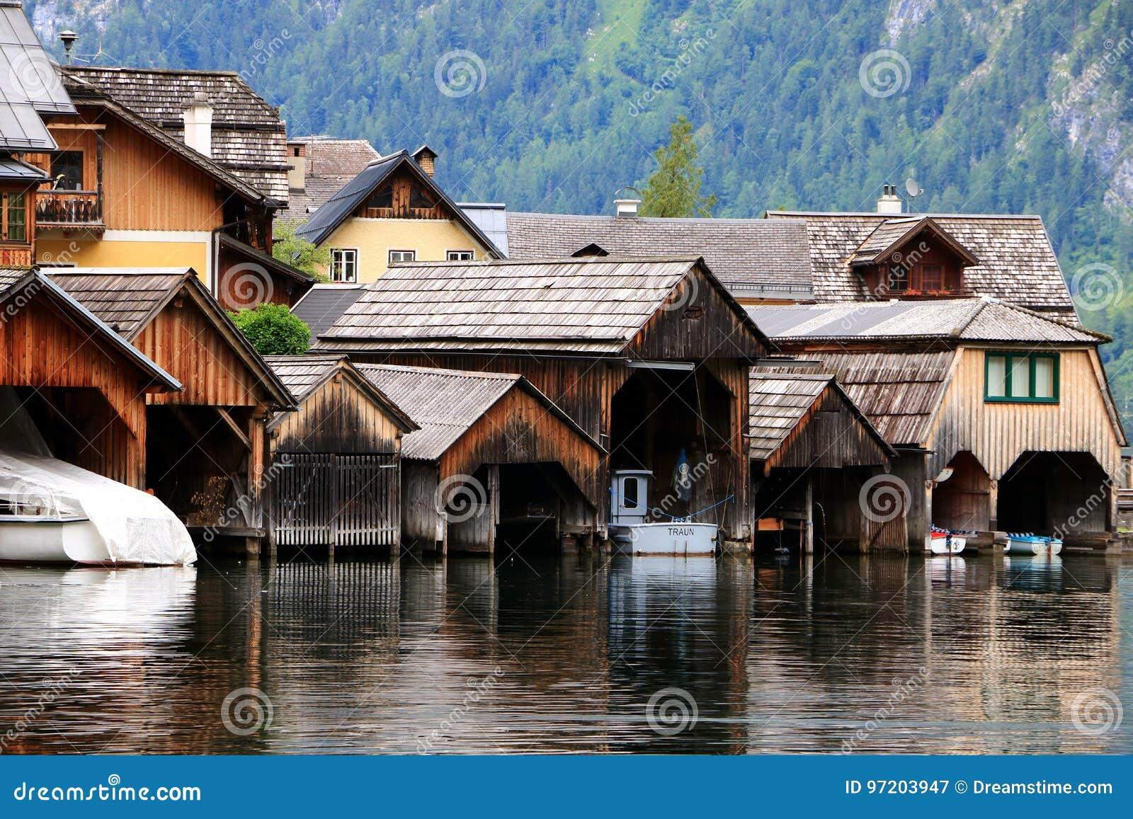 Alpejscy domy w Hallstatt