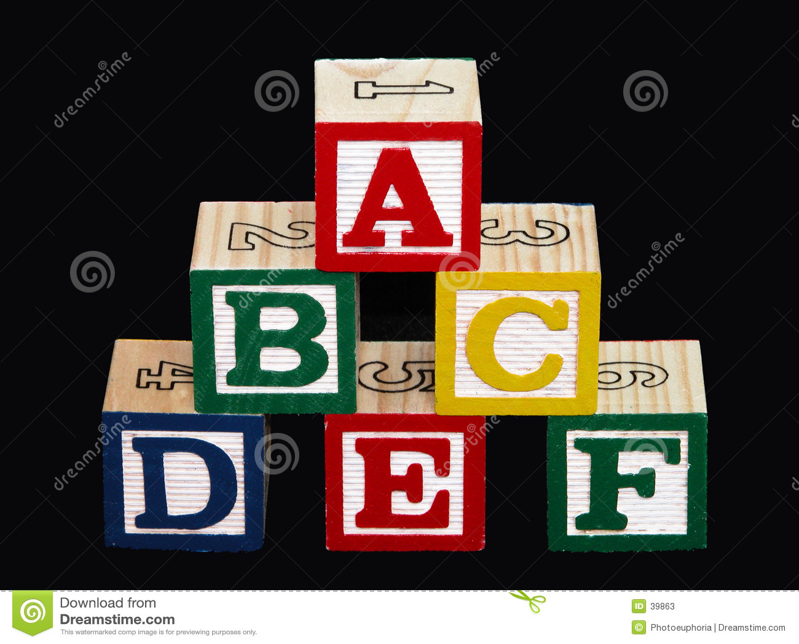 Alphabet-Blöcke (A-F) auf Schwarzem