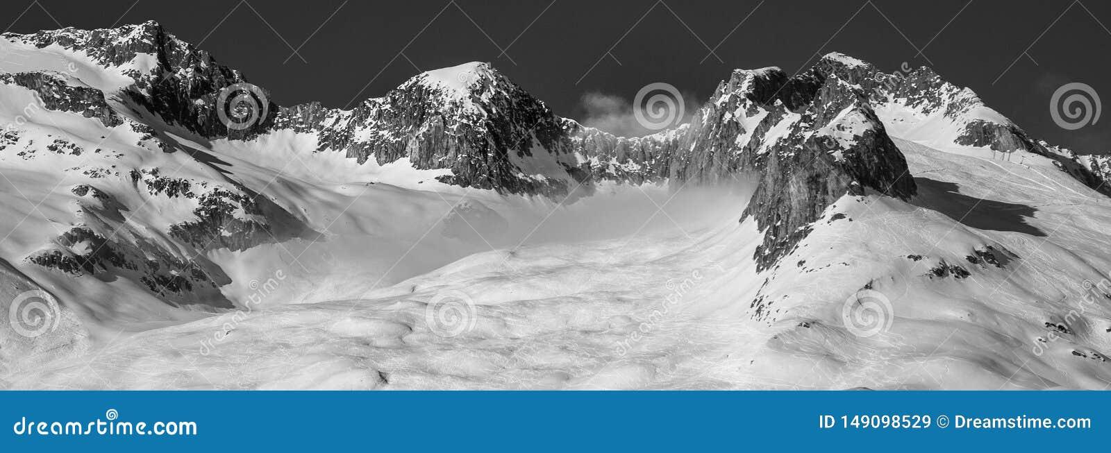 Alpi in bianco e nero