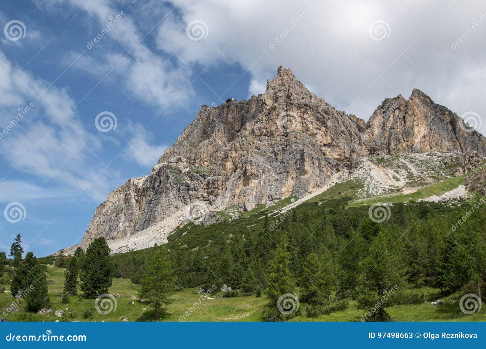 Alpi delle dolomia, montagna, estate, Italia