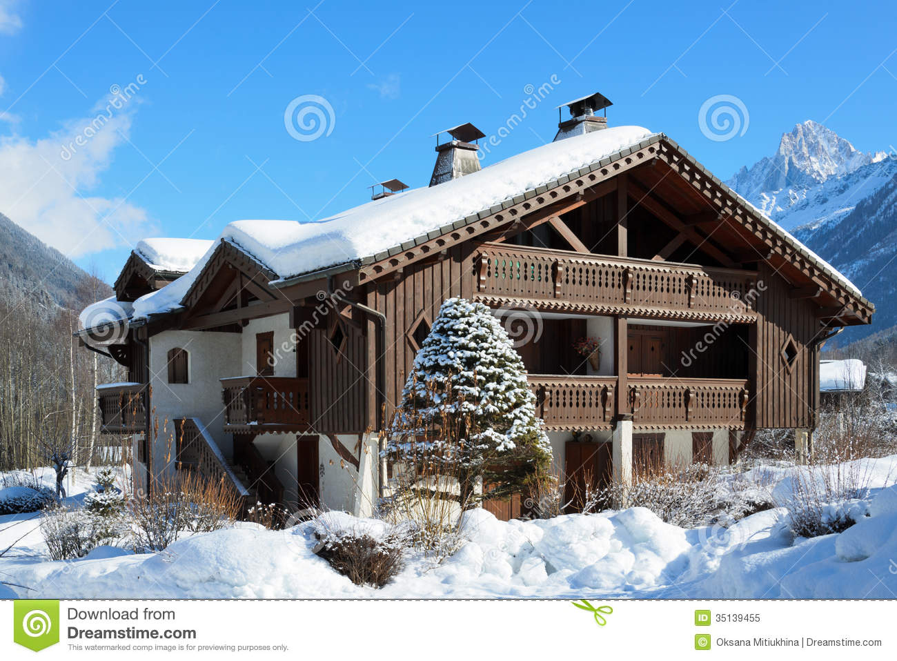 Alpine Chalet In The Winter Mountains Royalty Free Stock