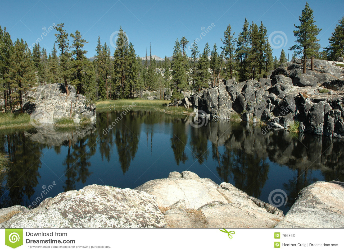 alpine lake in the sierra nevada u0026 39 s stock photos