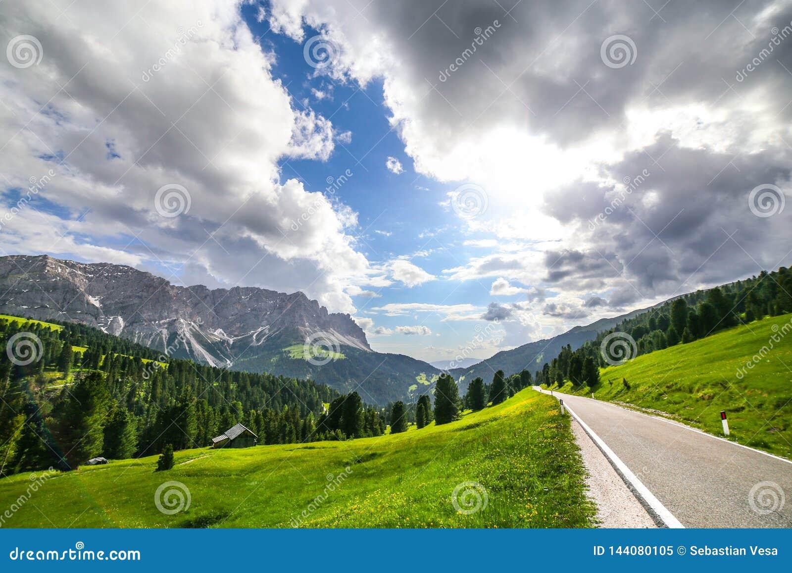 Alpine Landschaft in den Dolomit