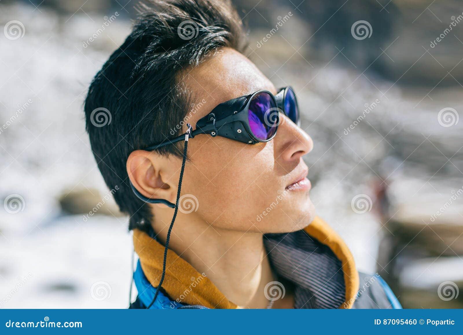 Di 87095460 Guida Alpinista StockImmagine Fotografia Sherpa LSAc4q53Rj