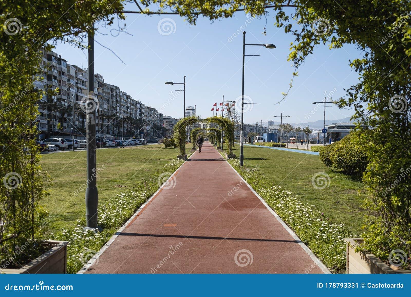 Alsancak Kordon Is Empty Streets Because Of Coronavirus Pandemi People Of Is Izmir Is Staying Home Editorial Photo Image Of Coronavirus Cord 178793331