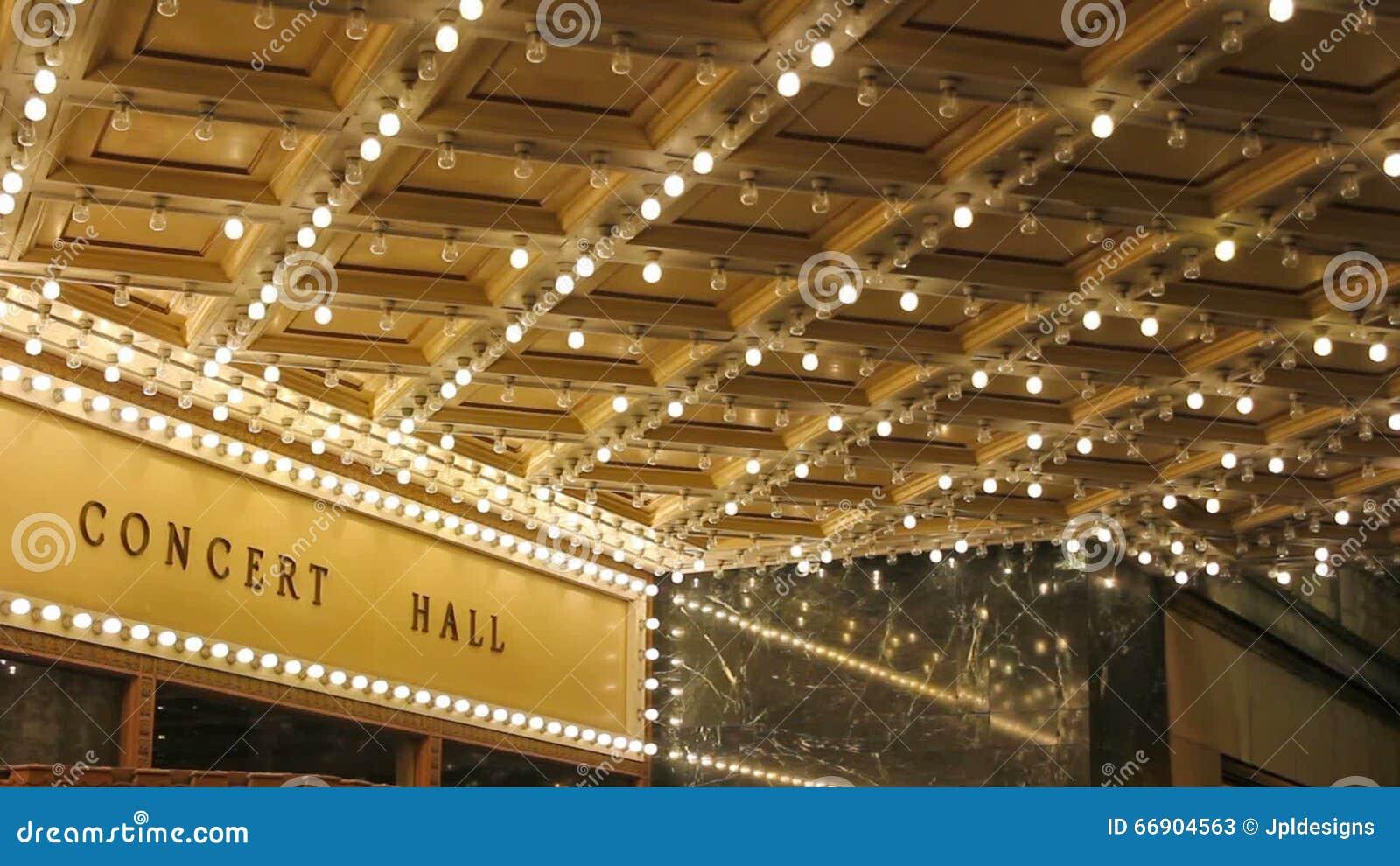 Plafoniere Da Sala : Alta definizione delle plafoniere della sala da concerto di