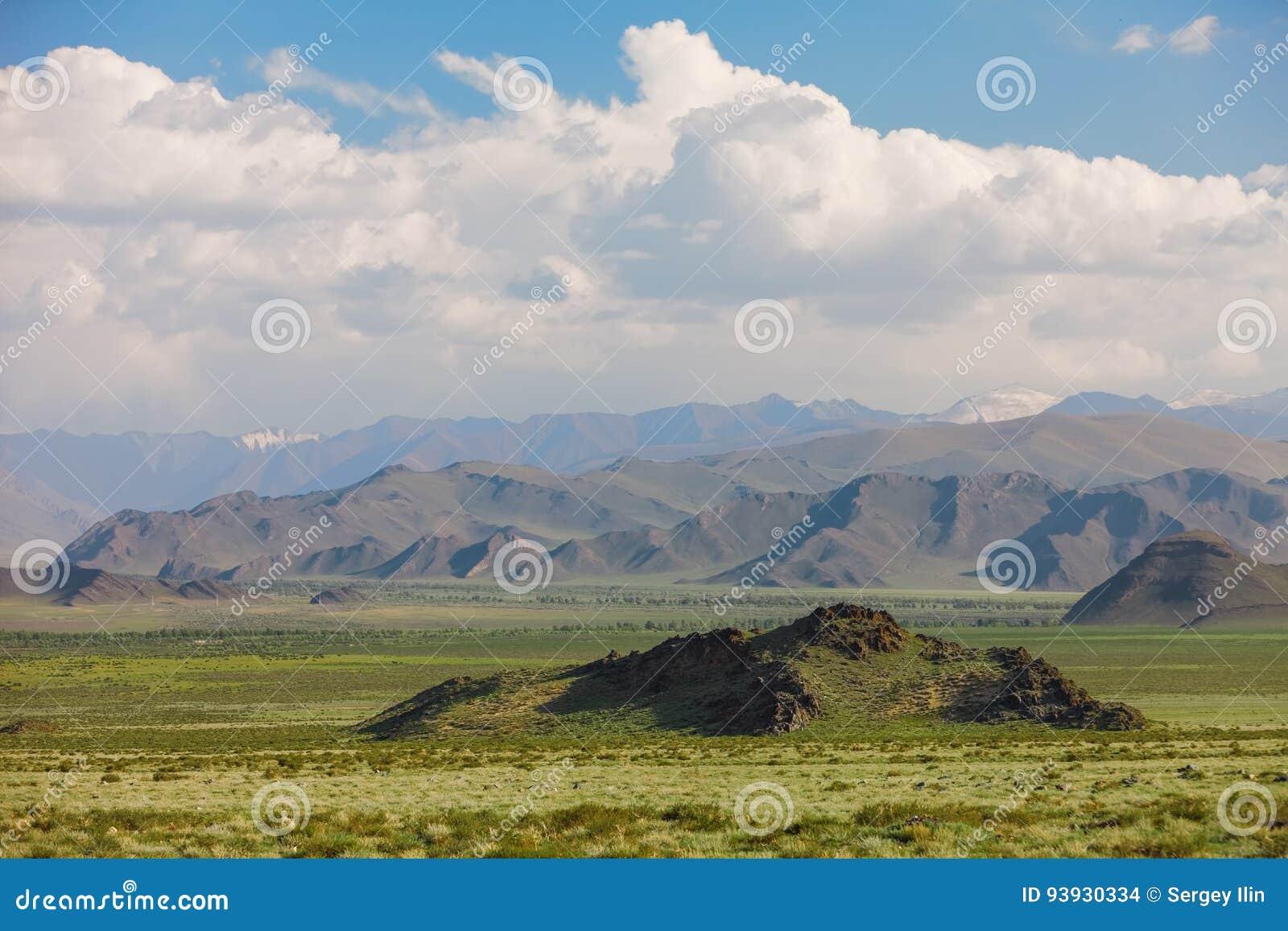 altai-mountains-beautiful-highland-lands