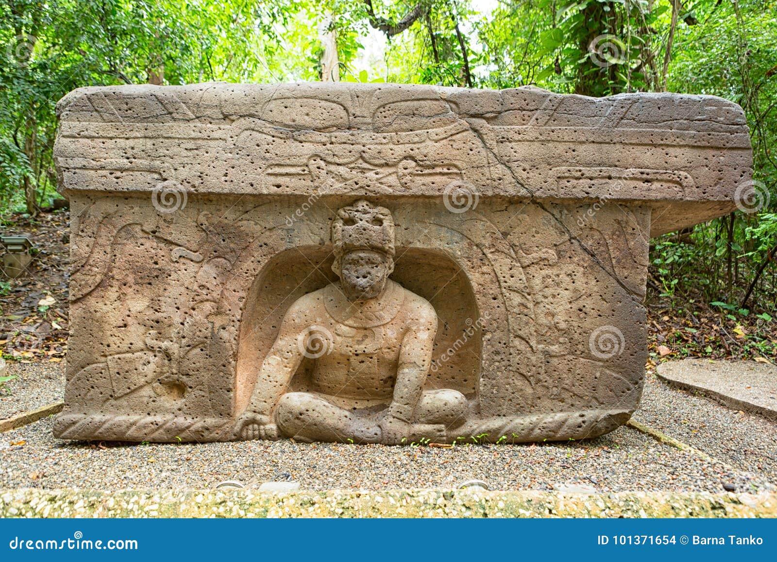 Altar da pedra do olmec do Pre-hispânico no La Venta México