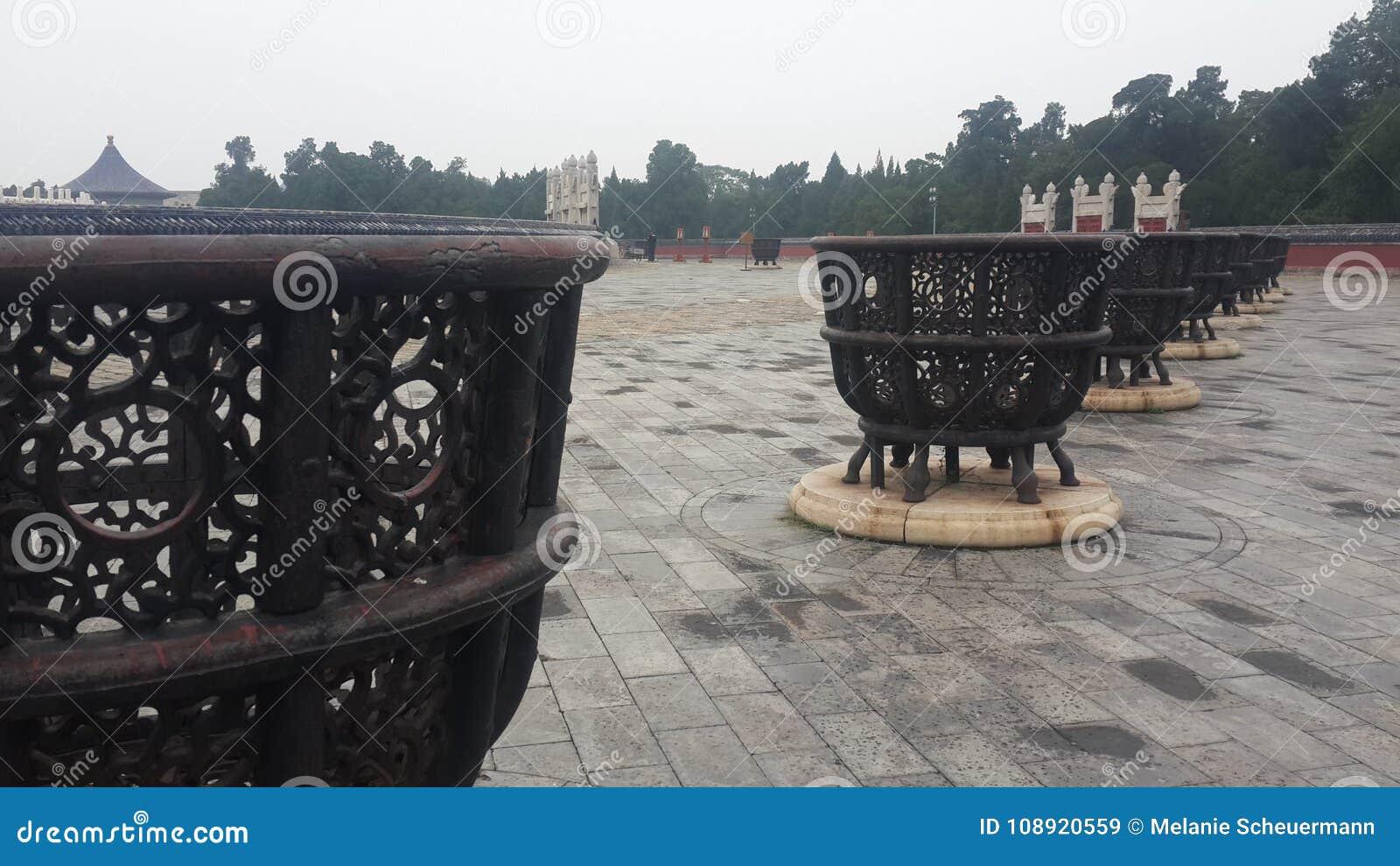 Altares del metal en el Templo del Cielo en Pekín, China