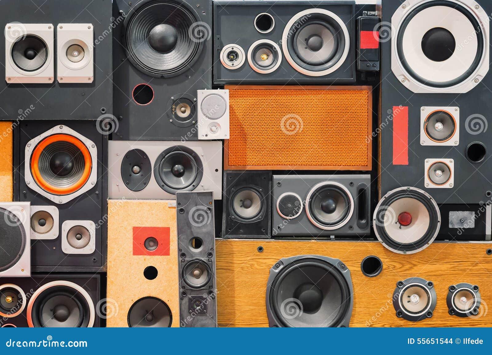Altavoces retros del sonido de la música del estilo del vintage