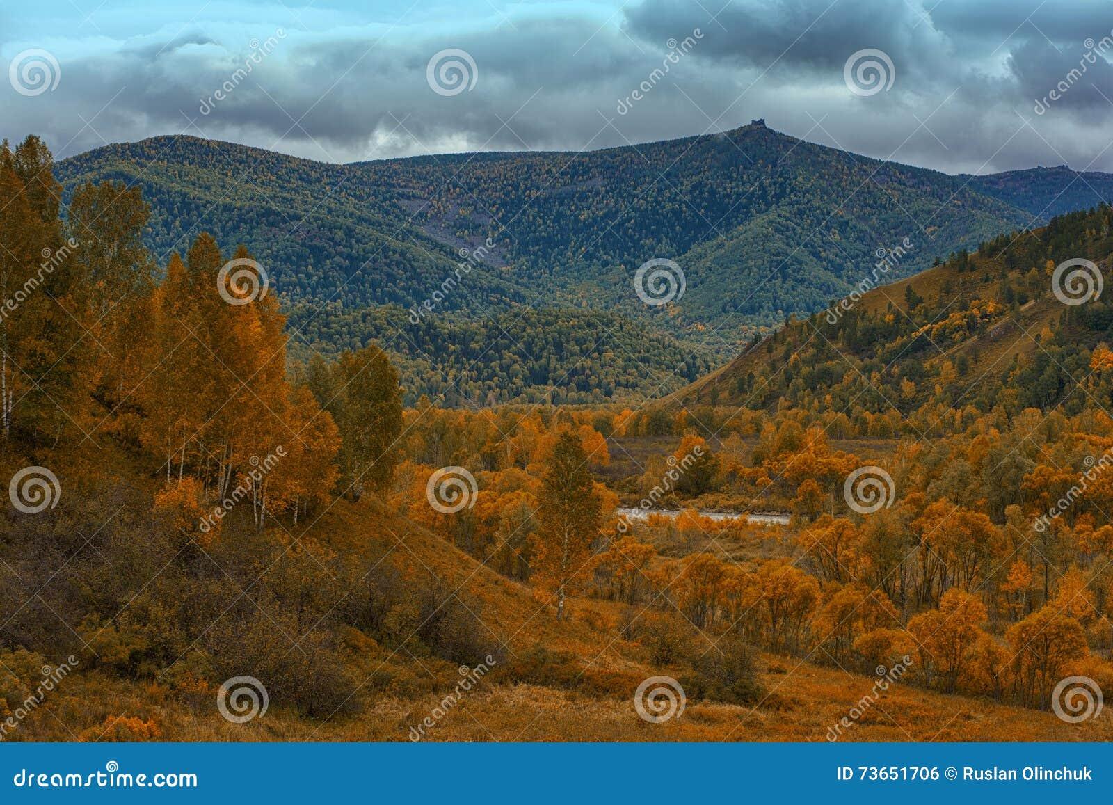 Altay βουνά στη Σιβηρία