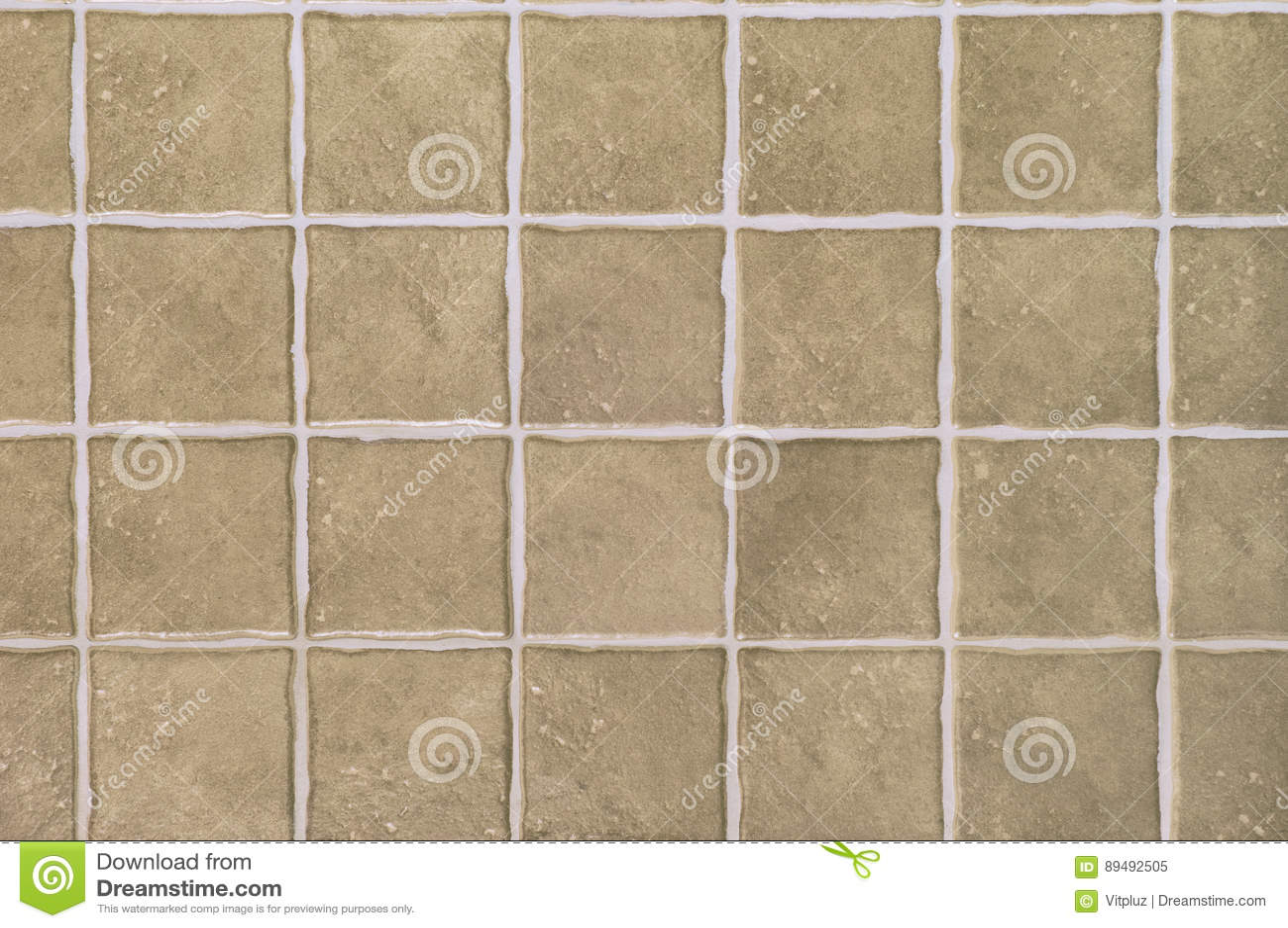 Alte braune Fliesen stockbild. Bild von badezimmer, mosaik ...