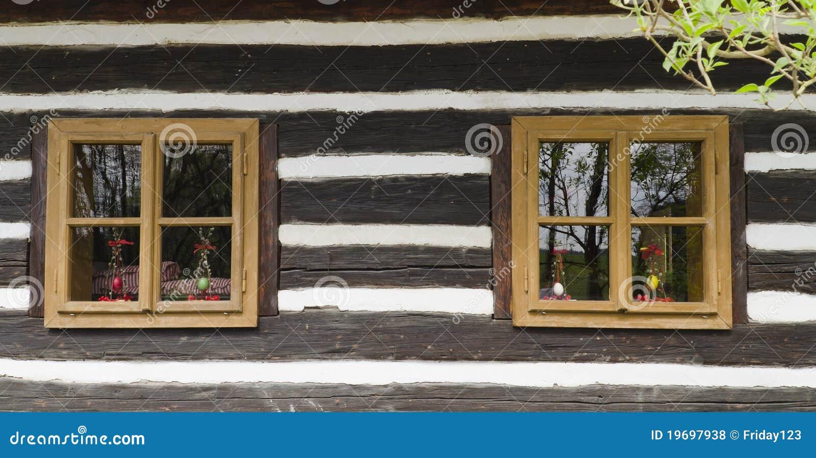 alte fenster lizenzfreie stockfotos bild 19697938. Black Bedroom Furniture Sets. Home Design Ideas