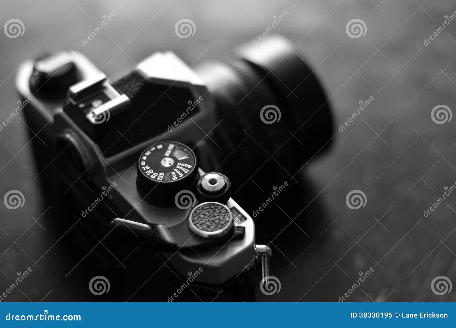 Alte Kamera und Linse für Fotografie