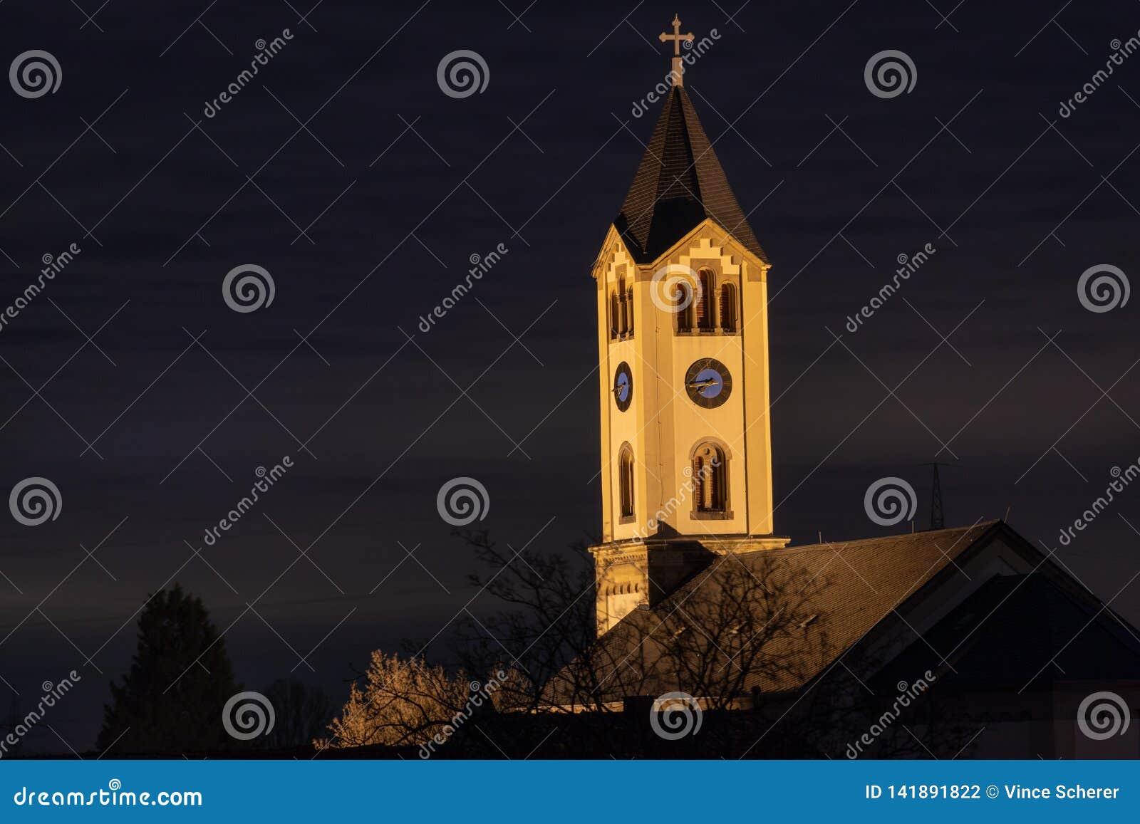 Alte Kirche - nachts in Frankenthal - Moersch Deutschland
