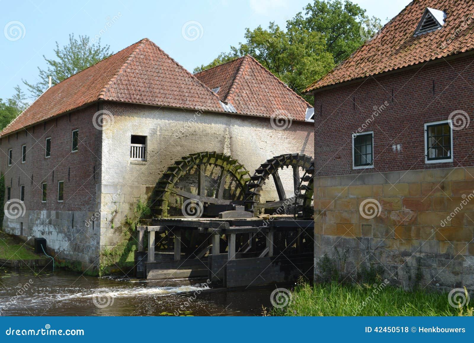 Alte niederländische Wassermühle