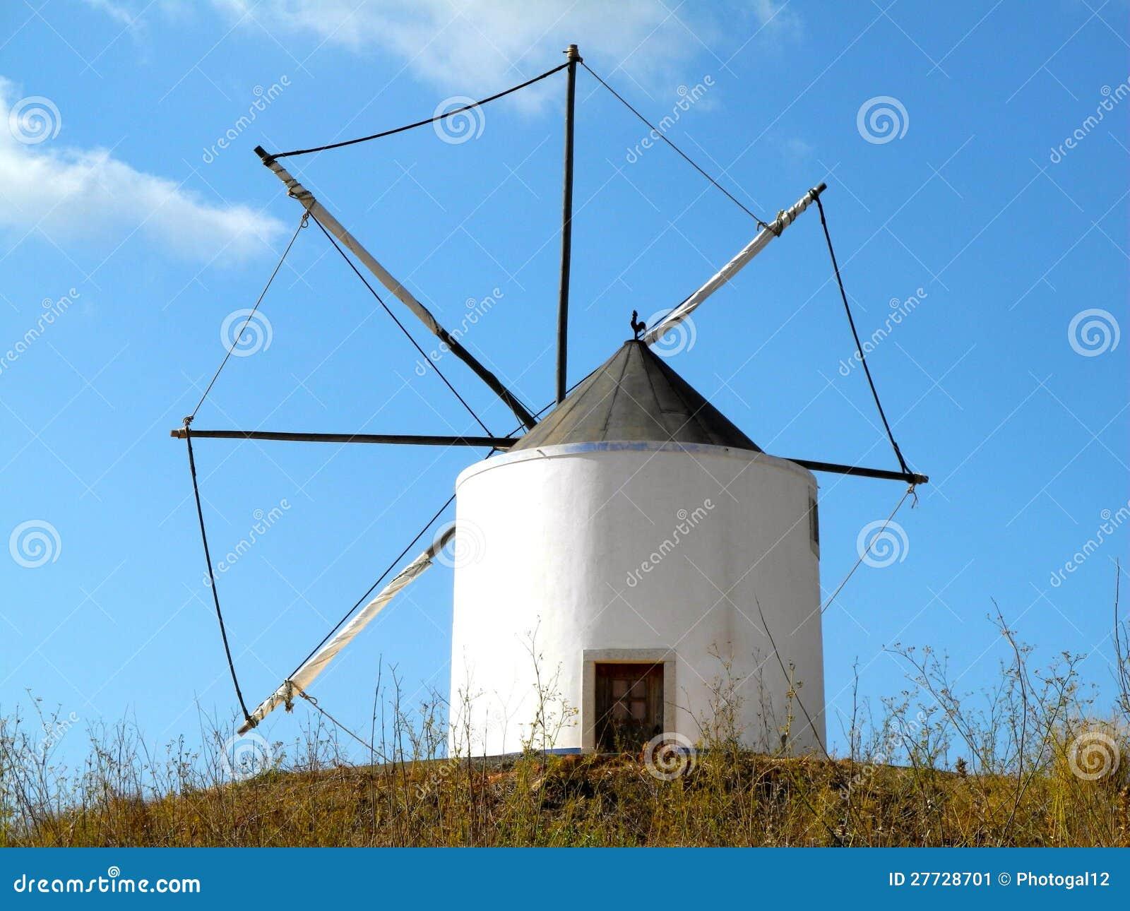 Alte portugiesische Windmühle