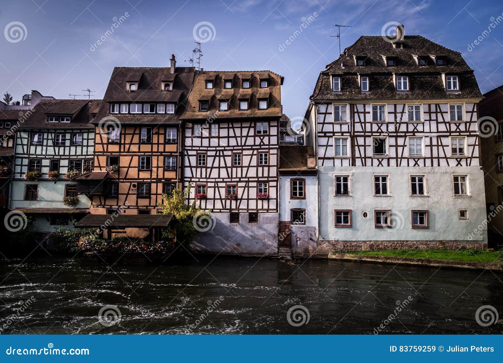 Alte Reihenhäuser in Petite France -Bezirk in Strassburg, Elsass