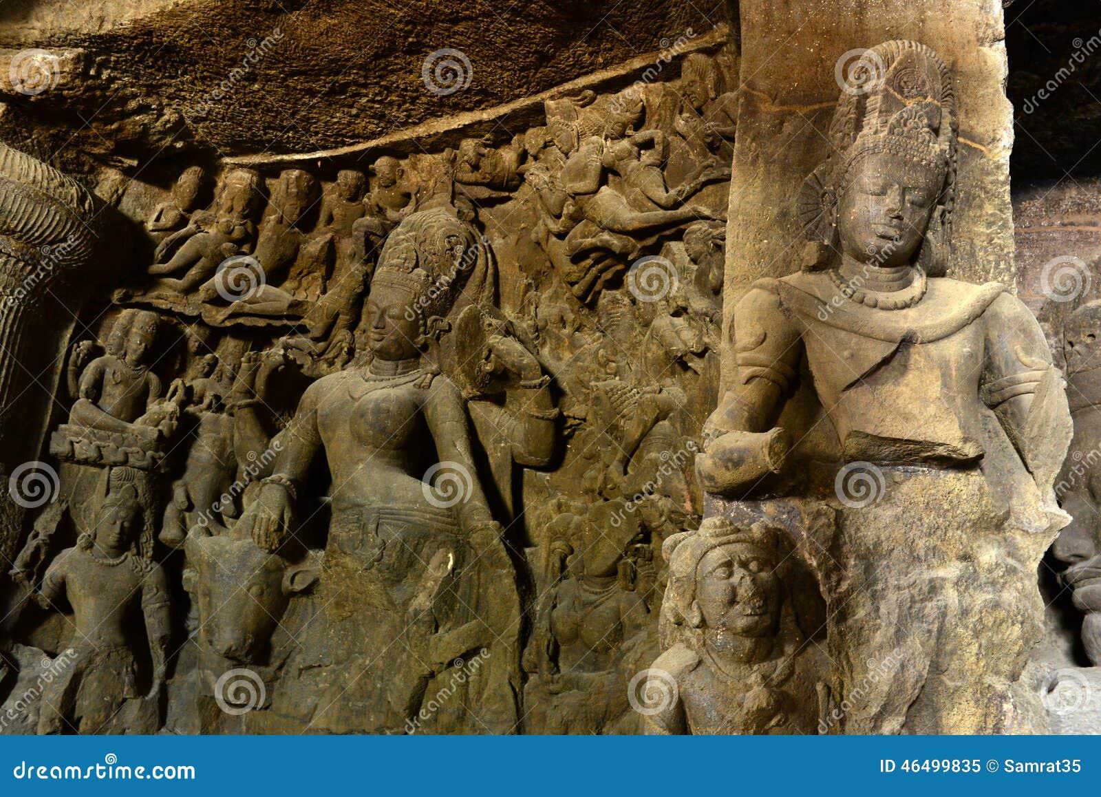 Alte Skulpturen