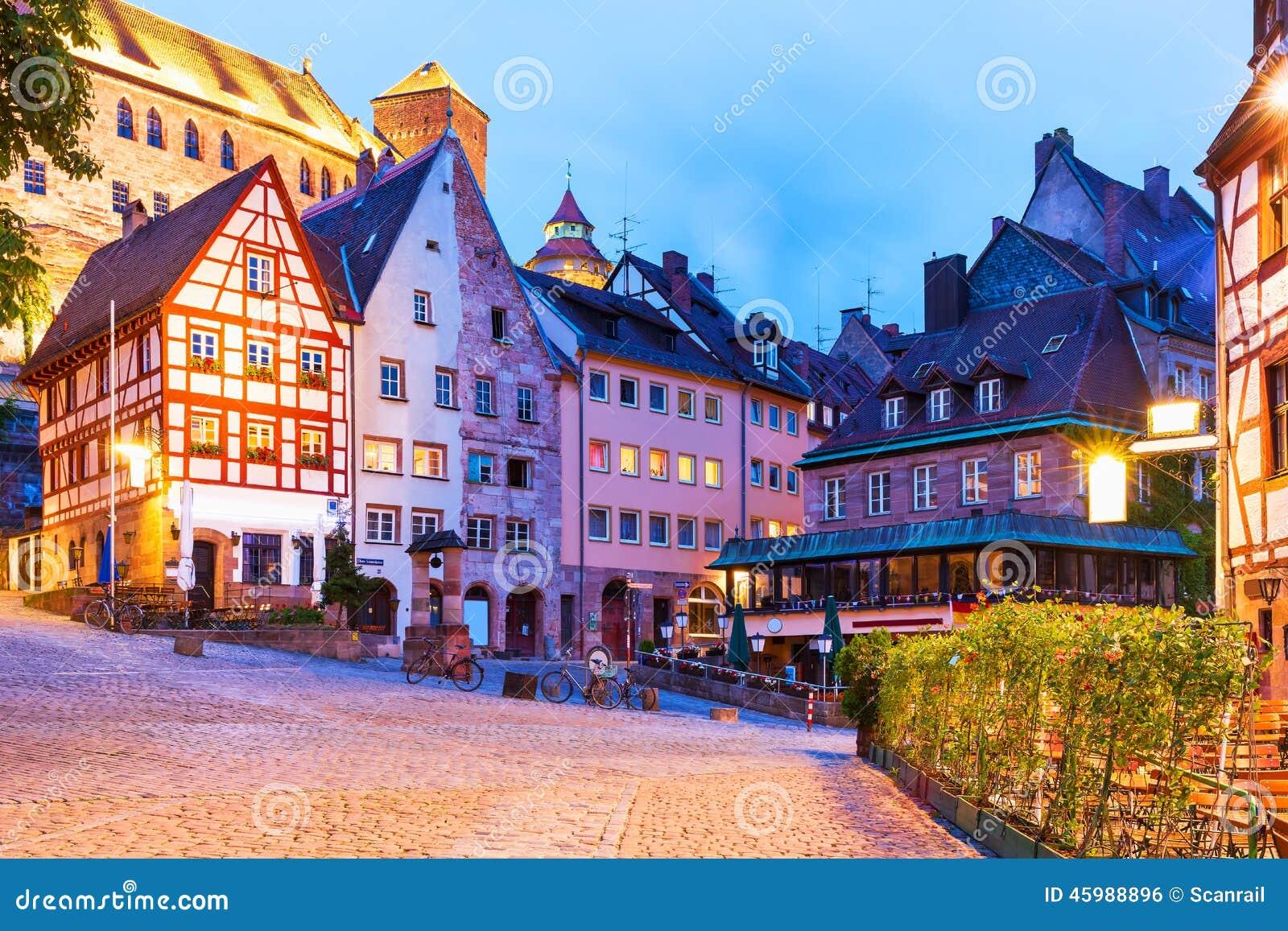 Alte stadt in n rnberg deutschland stockfoto bild 45988896 for Fachwerkbauten deutschland