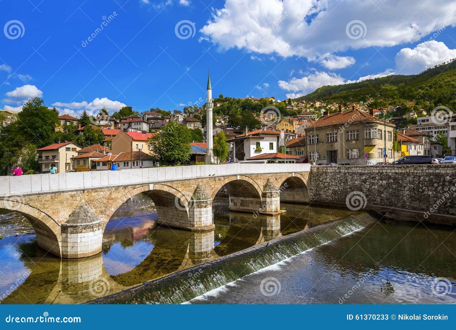 alte stadt sarajevo bosnien und herzegowina stockbild bild 61370233. Black Bedroom Furniture Sets. Home Design Ideas