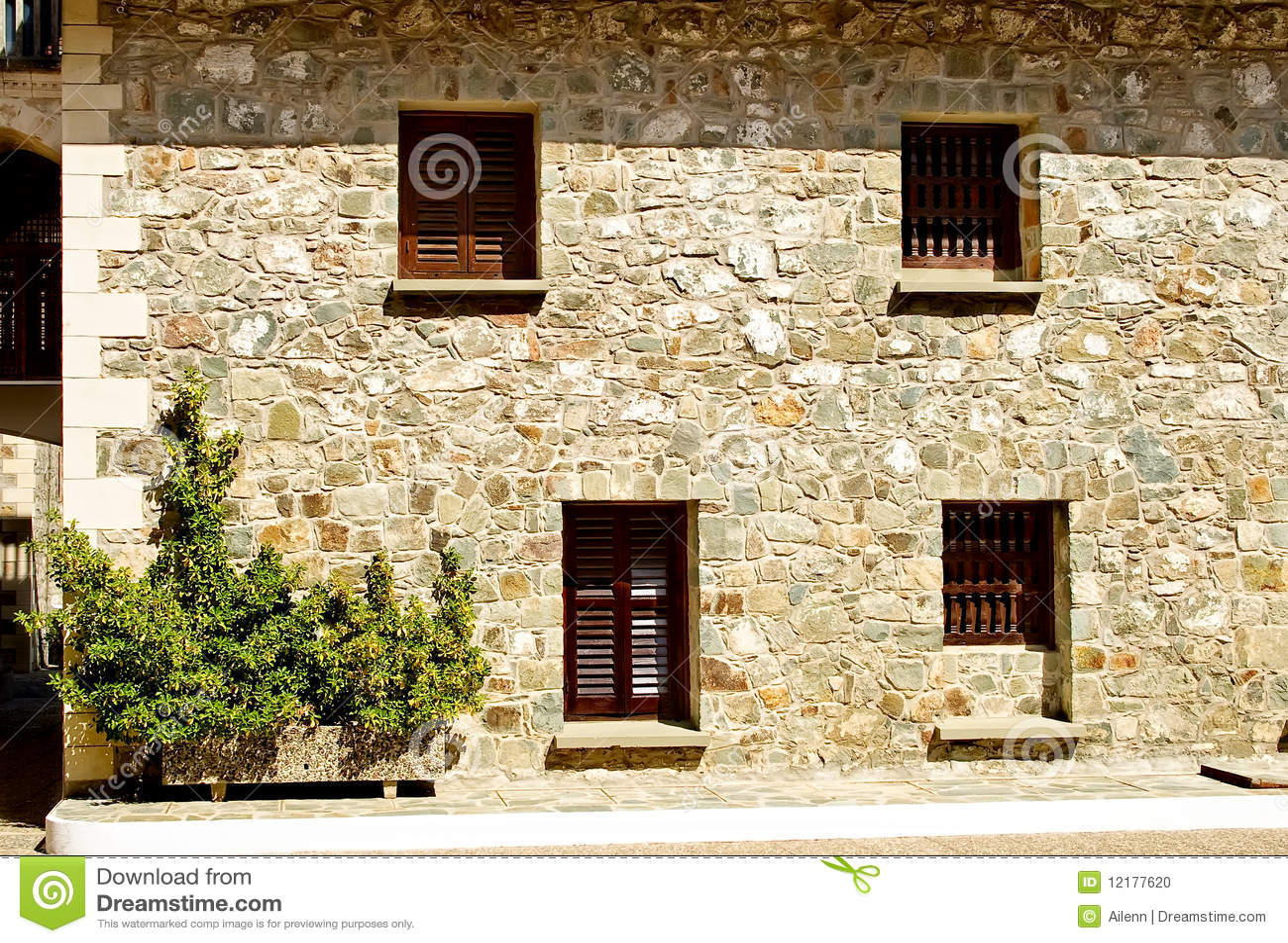 alte steinfassade stockfoto bild 12177620. Black Bedroom Furniture Sets. Home Design Ideas
