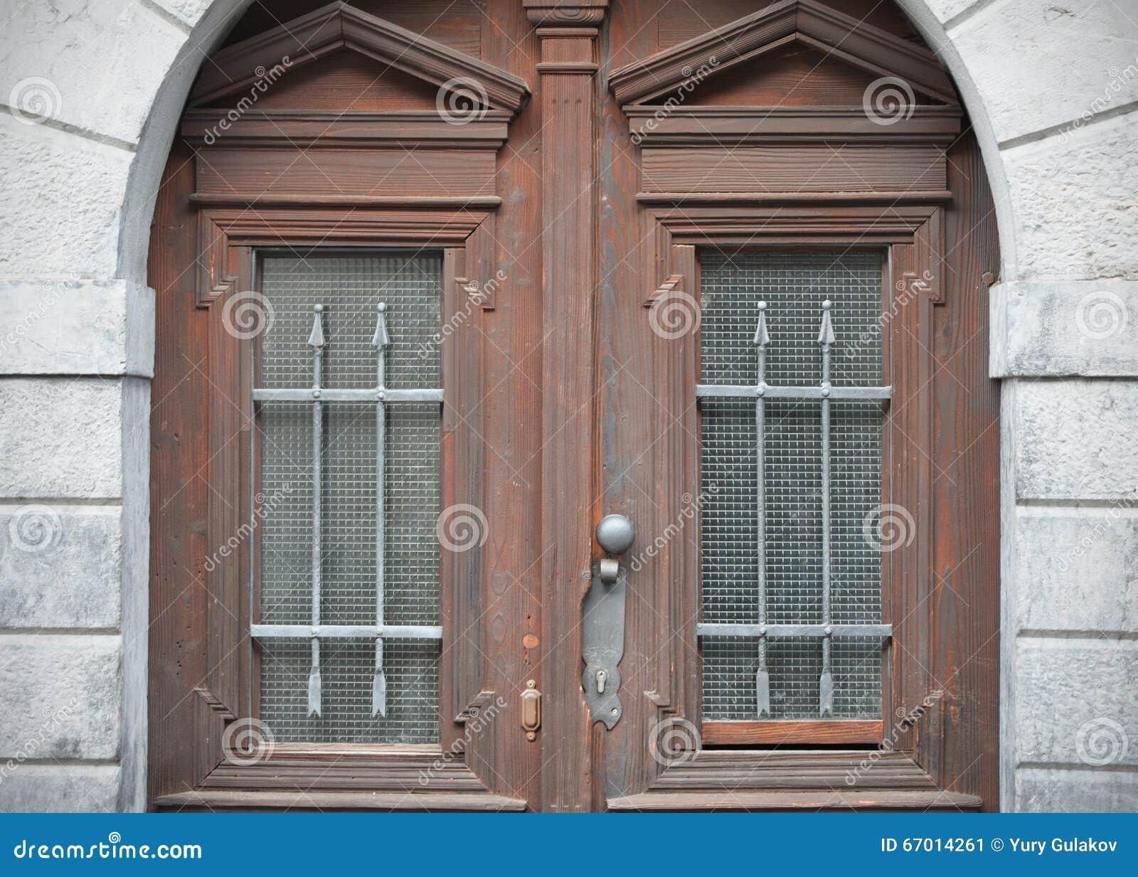 Hervorragend Alte Türen, Griffe, Verschlüsse, Gitter Und Fenster Stockfoto  SZ14