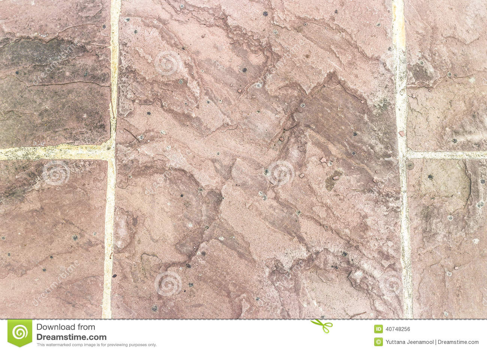 Fußboden Aus Alten Ziegelsteinen ~ Alter boden mit ziegelsteinen und beton stockfoto bild von