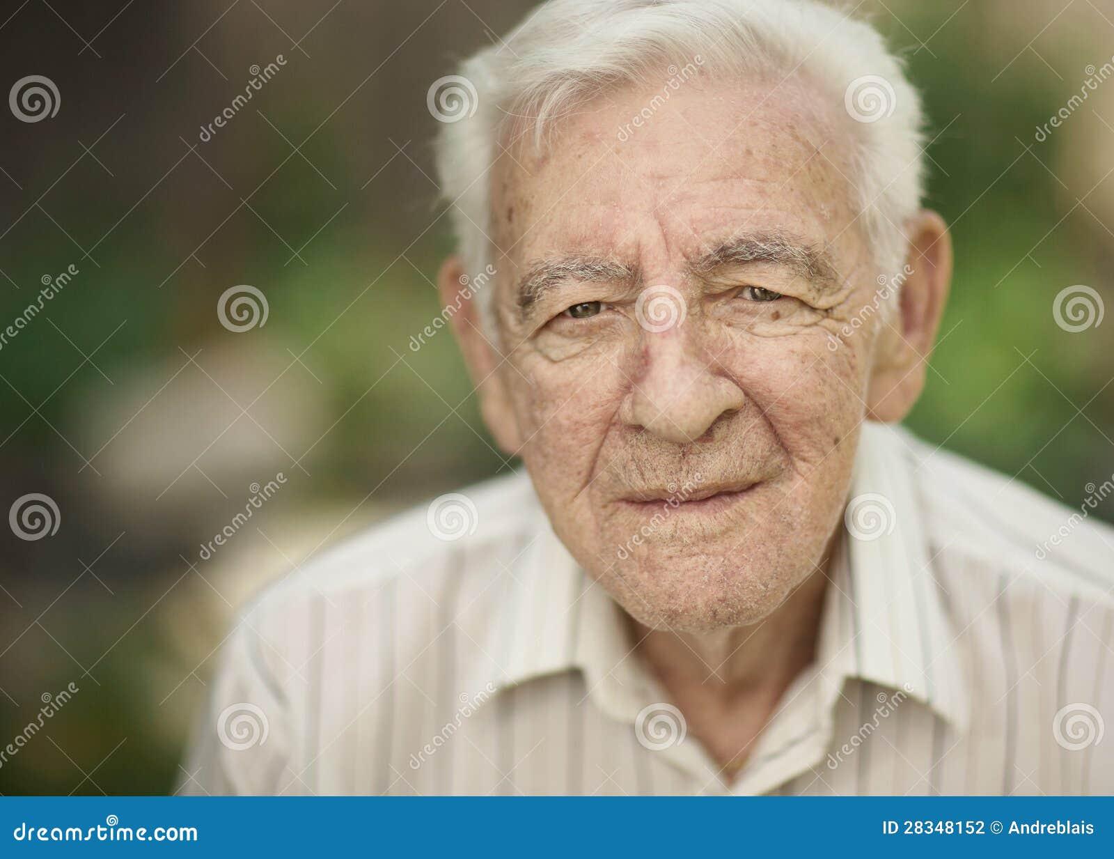Alter Mann Fickt Schnuckelchen