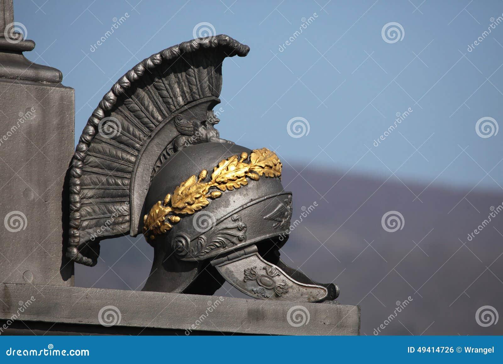 Download Alter Roman Helmet Denkmal Der Kampf Von Kulm Stockfoto - Bild von russisch, schlachtfeld: 49414726