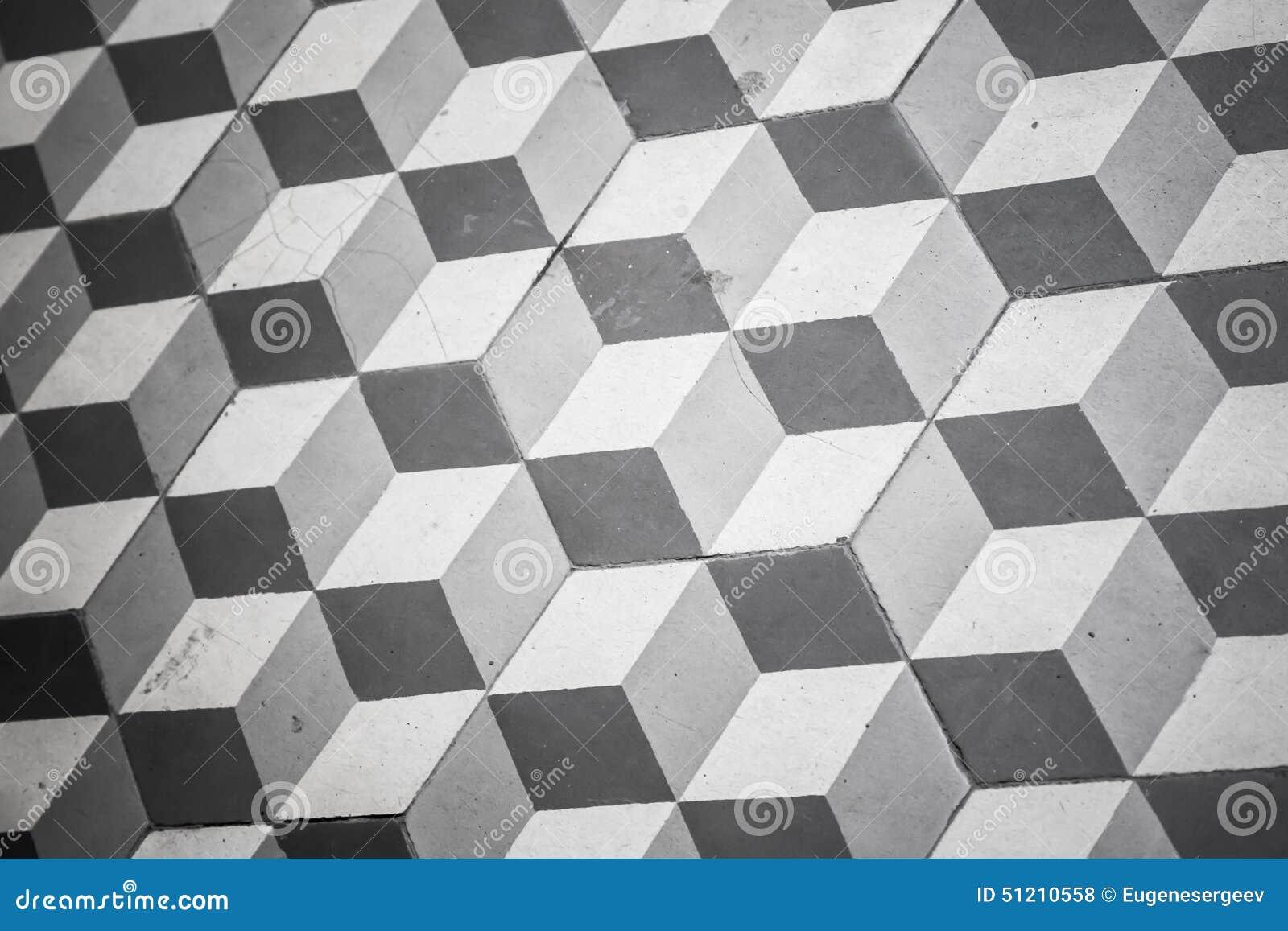 Alter schwarzweiss tiling auf boden, kubikmuster stockfoto   bild ...