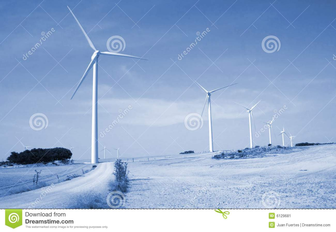 wind power as an alternative energy Wind energy has been the world's fastest-growing renewable energy source for more than a decade with an average annual growth rate of over 20% wind energy is the least expensive of all renewable energy sources.