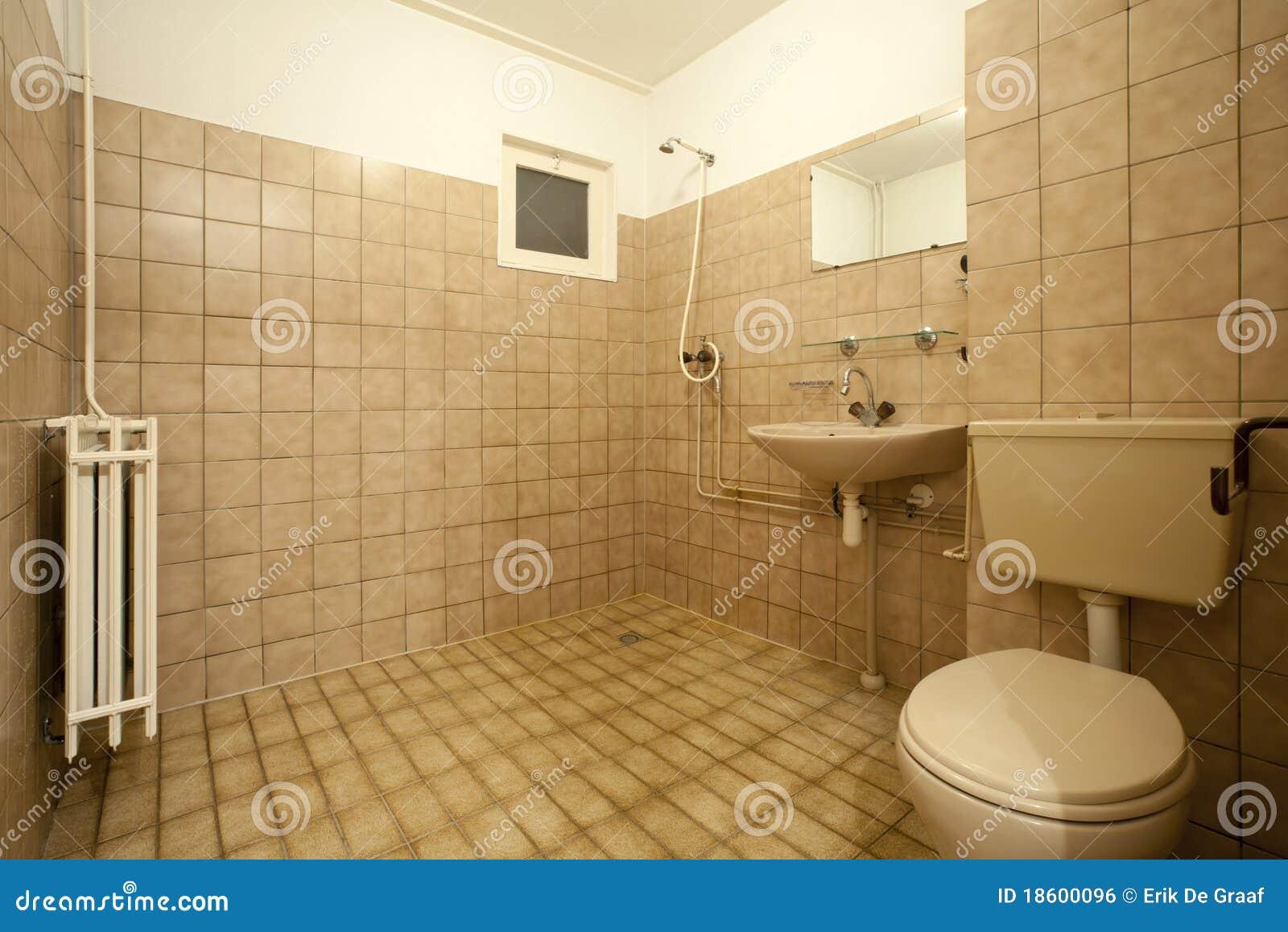 altes badezimmer ideen verschiedene ideen f r die raumgestaltung inspiration. Black Bedroom Furniture Sets. Home Design Ideas