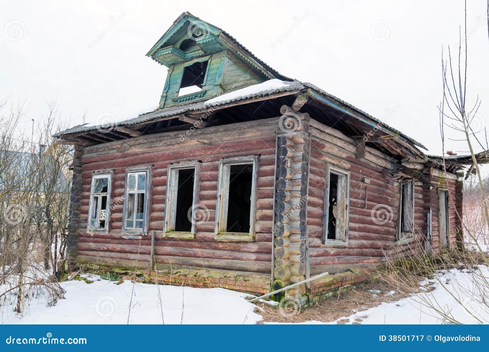 Russische Blockhäuser altes blockhaus im russischen dorf stockbild bild dorf